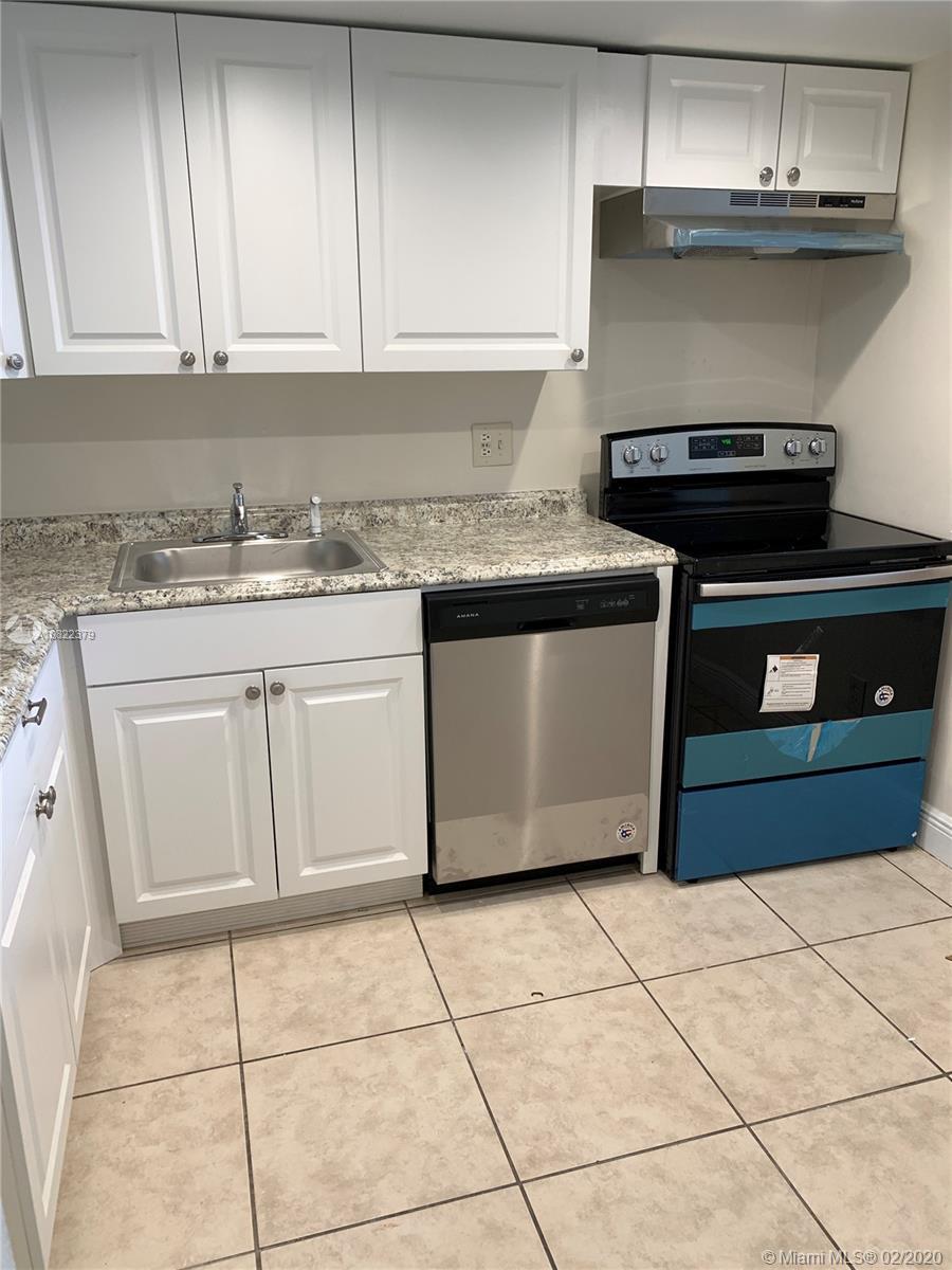 13499  Biscayne Blvd #402 For Sale A10822379, FL