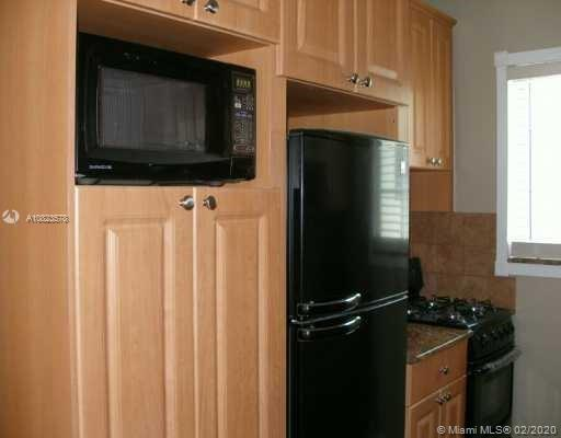 7315  Byron Ave #17 For Sale A10823578, FL
