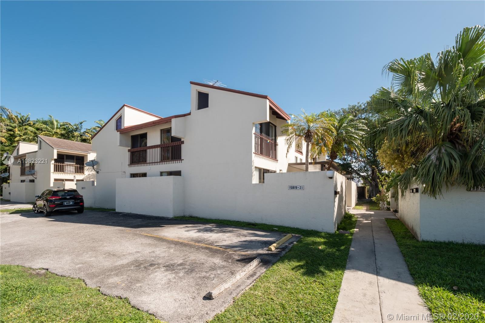 15819 SW 91st Ct #15819 For Sale A10823221, FL