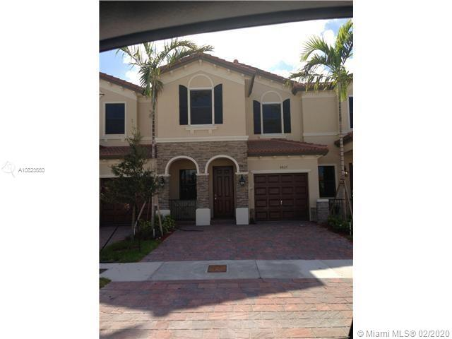 8827 NW 98th Ave #8827 For Sale A10823660, FL