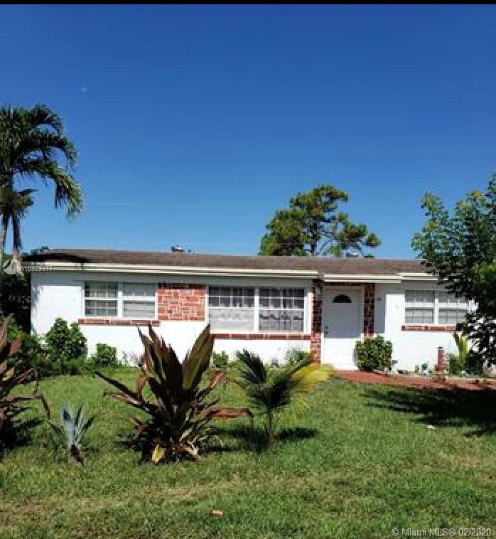 2169 W Carrol Cir, West Palm Beach, FL 33415