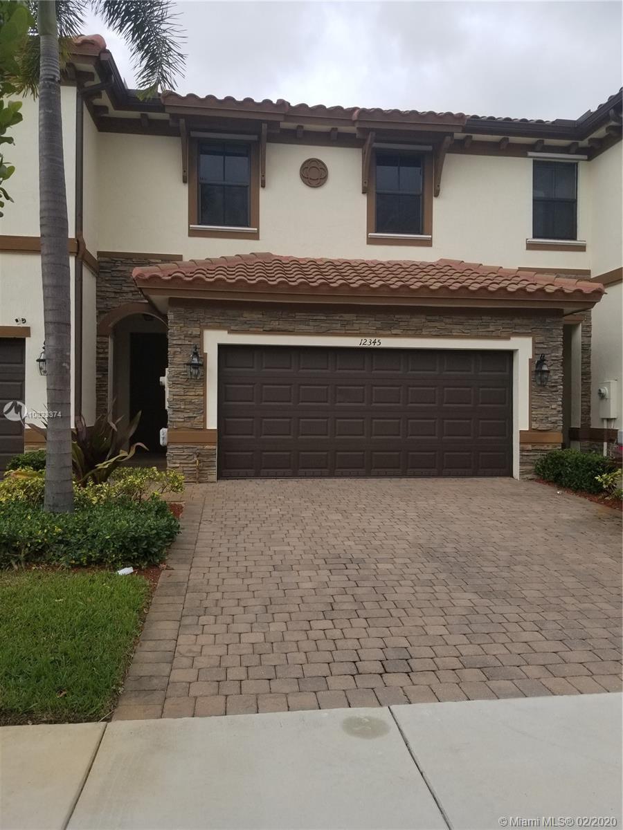 12345 S S village #12345 For Sale A10823374, FL