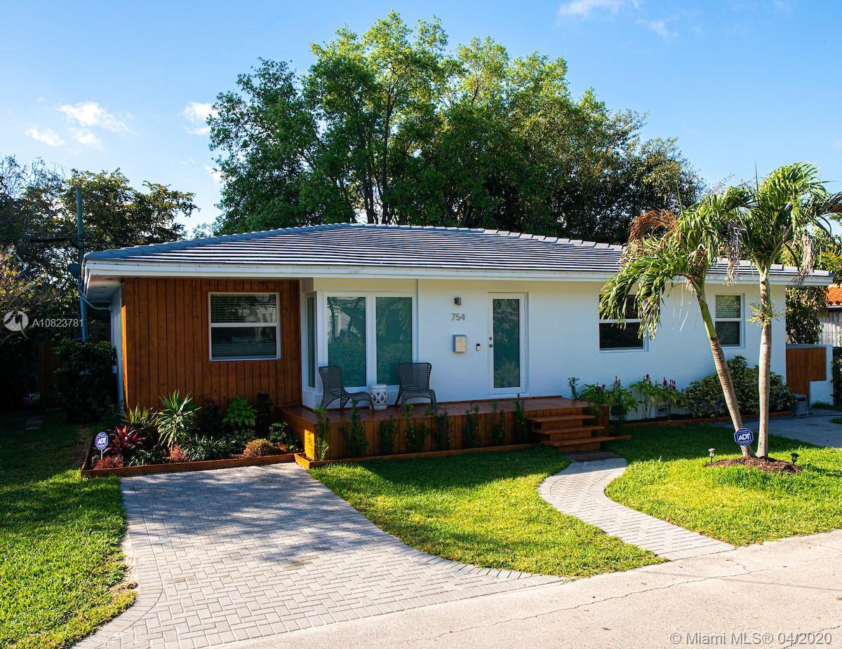 754 NE 70th St  For Sale A10823781, FL