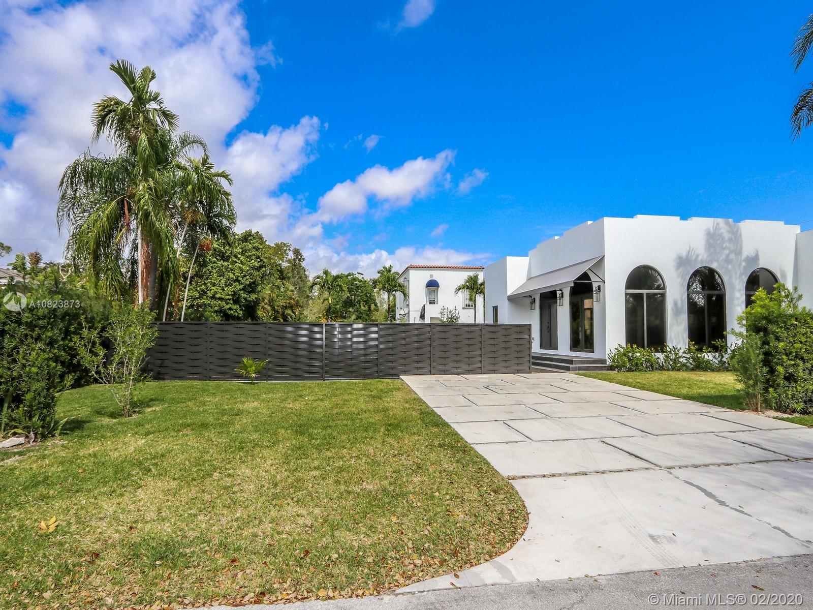 5126 SW 57th Ave  For Sale A10823873, FL
