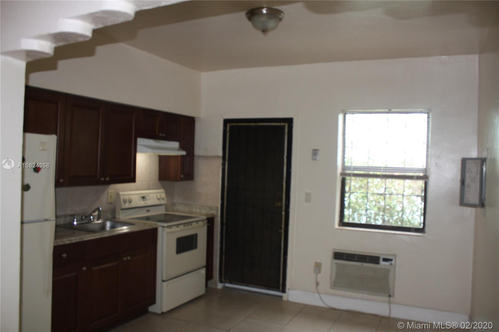 277 NW 75th St #BACK For Sale A10824358, FL