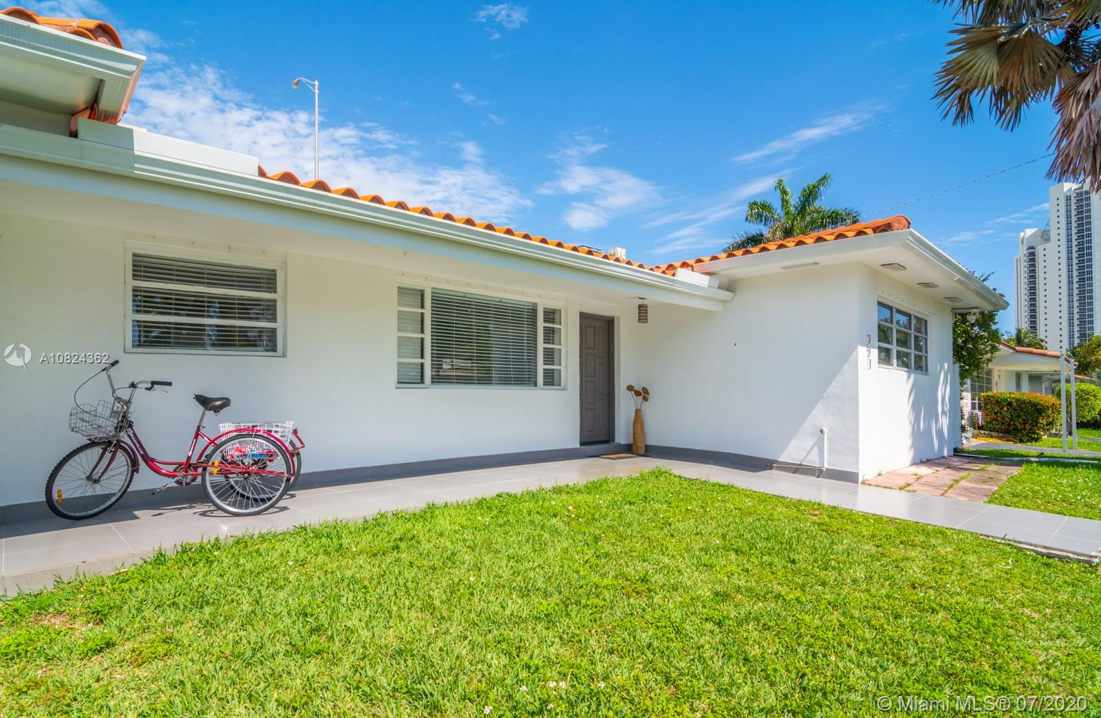 271  191st Ter  For Sale A10824362, FL