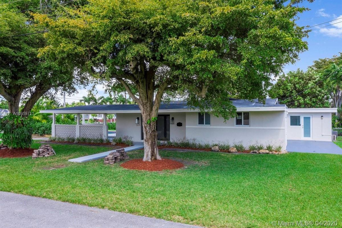 6635 SW 49th Ter  For Sale A10819711, FL