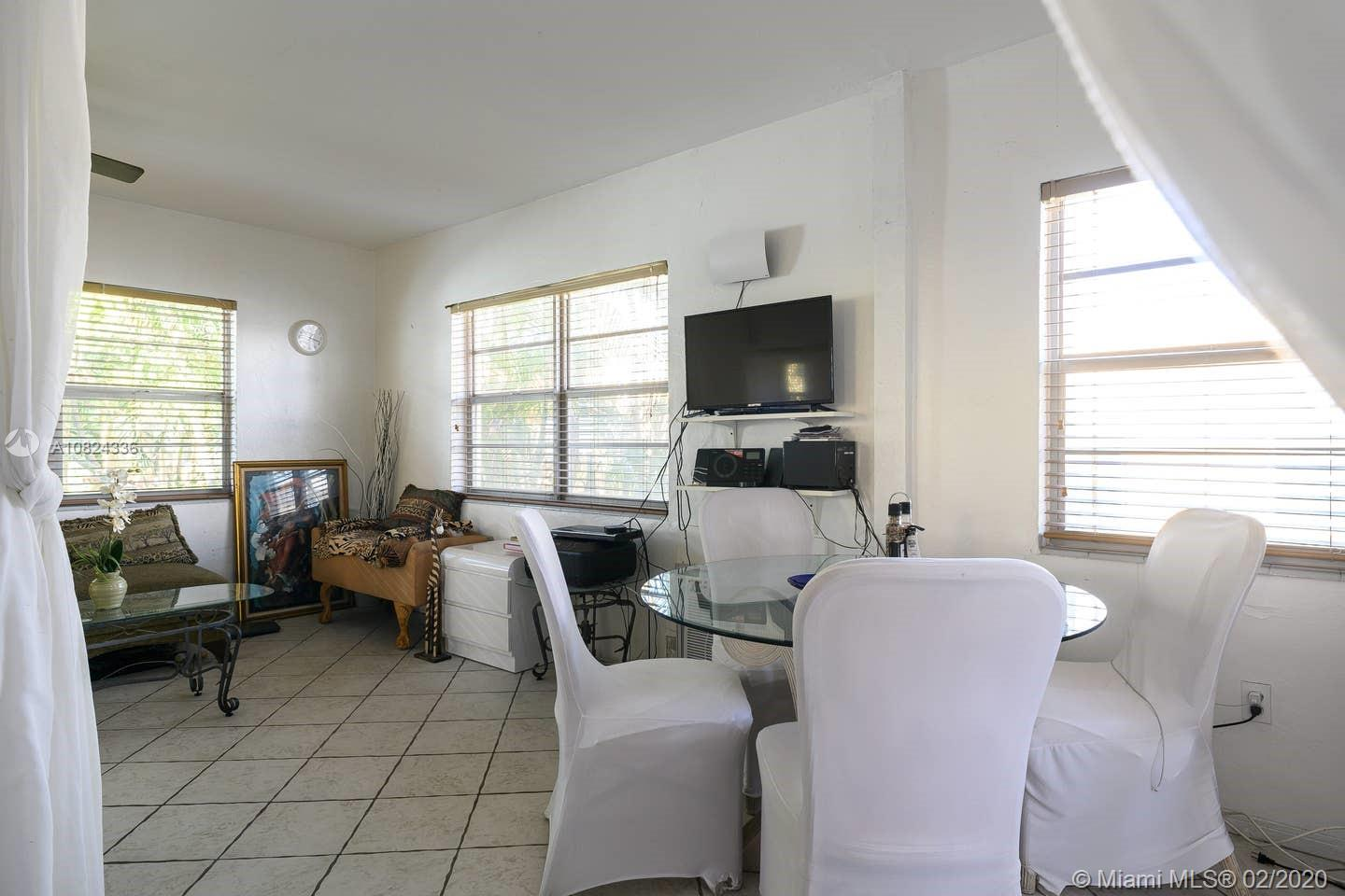 1235  Meridian Ave #7 For Sale A10824336, FL