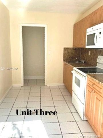 1437 NE 56th St #3 For Sale A10824395, FL