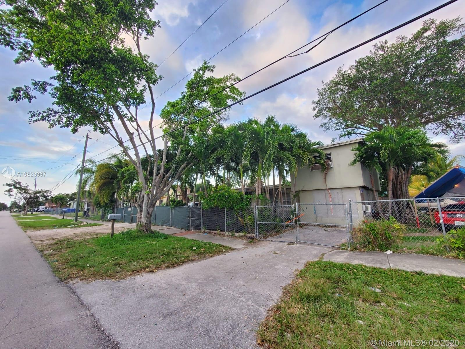 259 SW 9th Ave  For Sale A10823967, FL