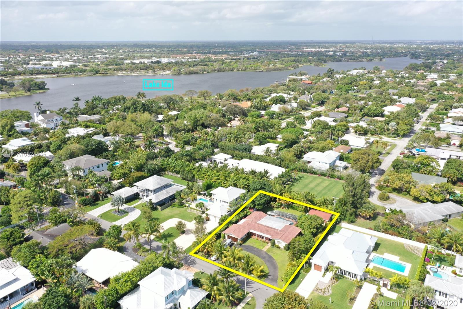 501 NW 9th St  For Sale A10824545, FL