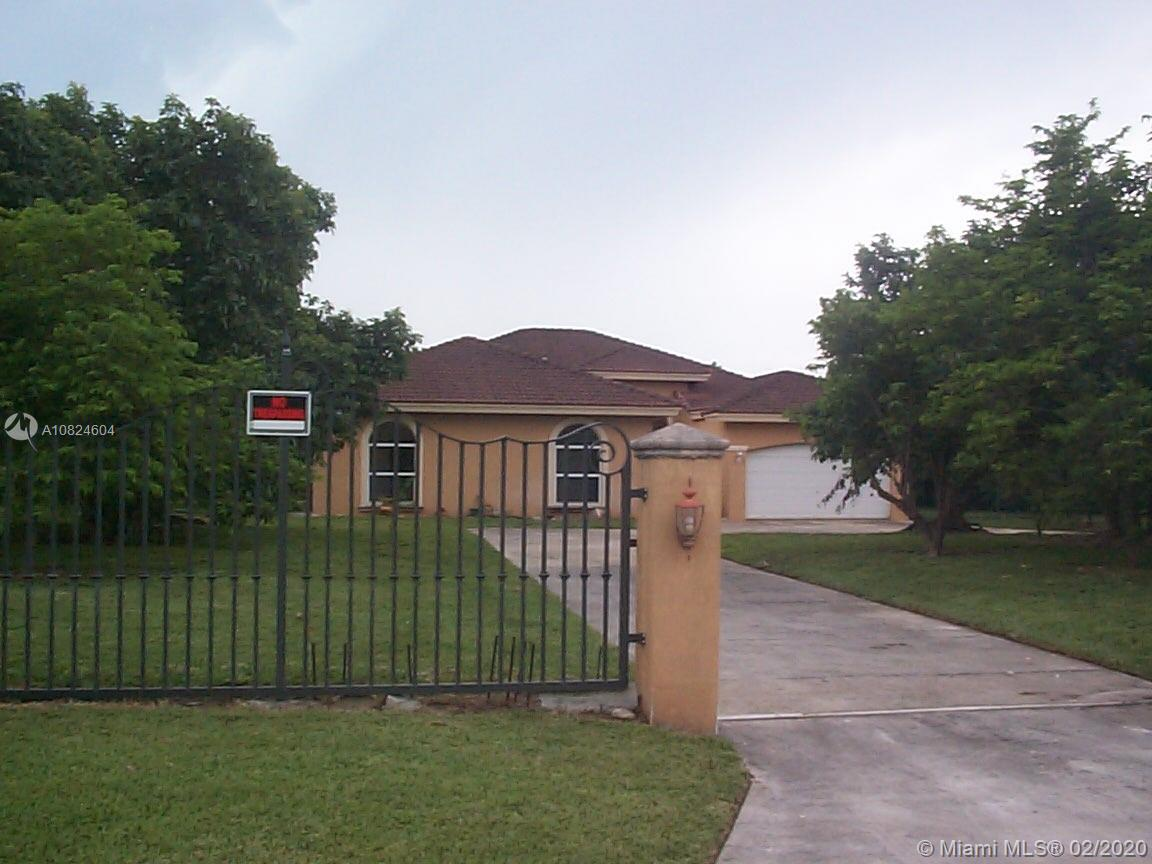 15563 SW 276th St  For Sale A10824604, FL