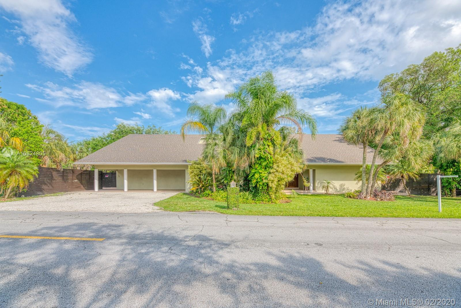 7997 SW 76th Ave  For Sale A10824805, FL