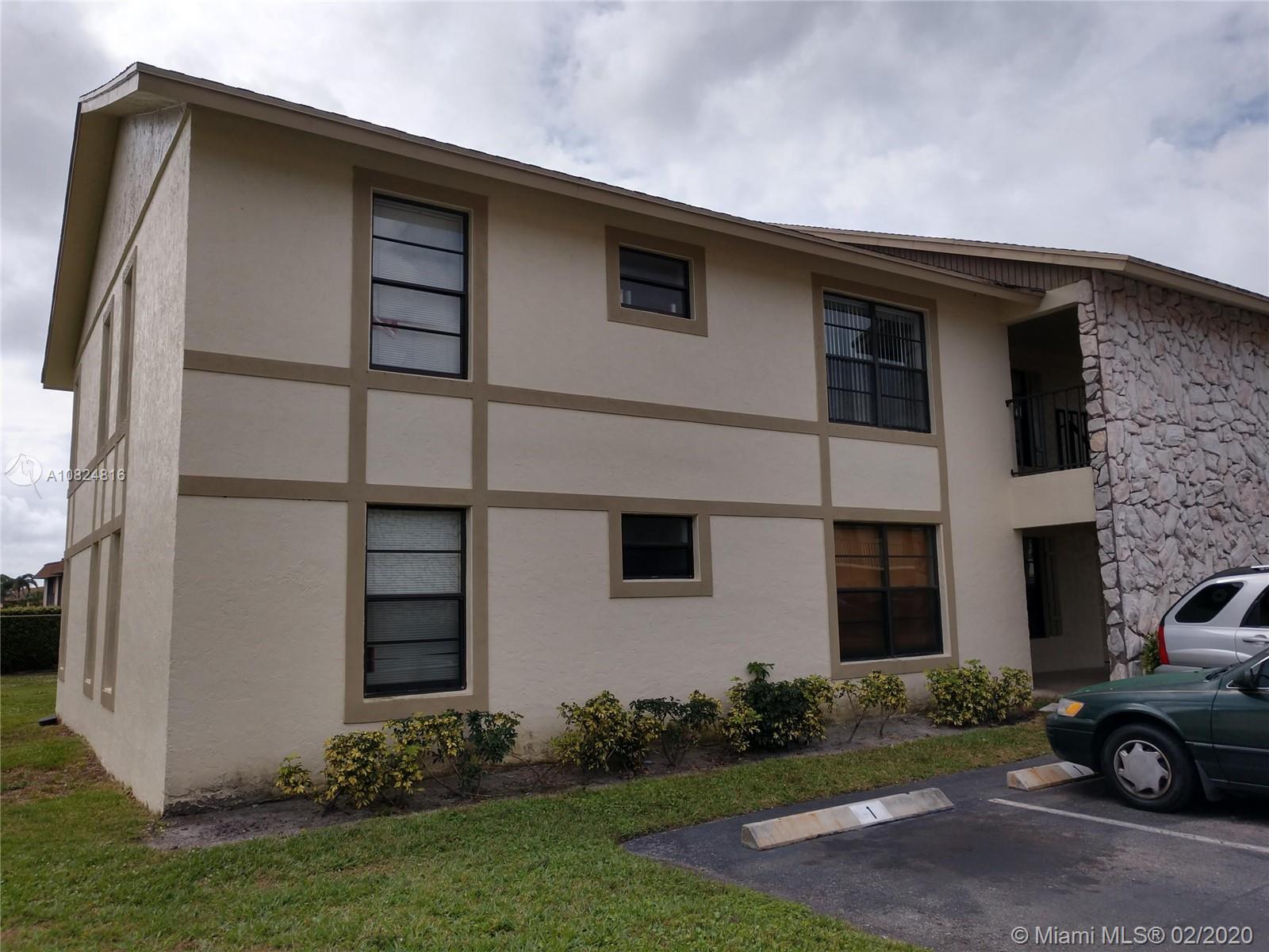 5894 Longbow Ln 4, West Palm Beach, FL 33415