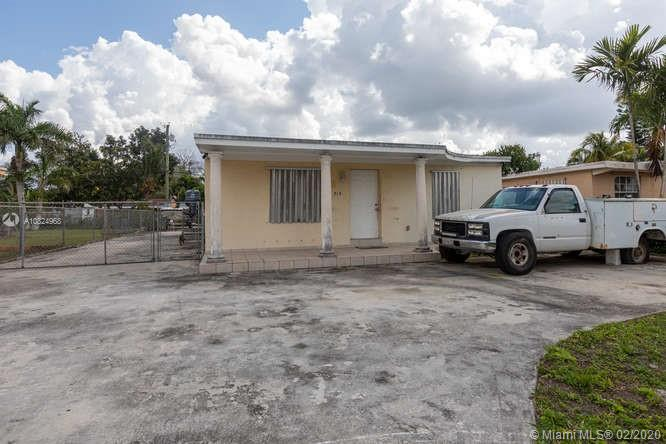 313 NW 8th Ave, Homestead, FL 33030