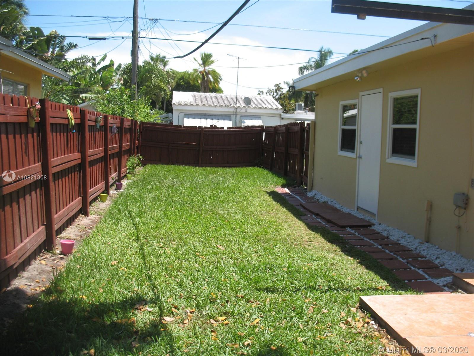 1636  Mayo St #back For Sale A10821308, FL
