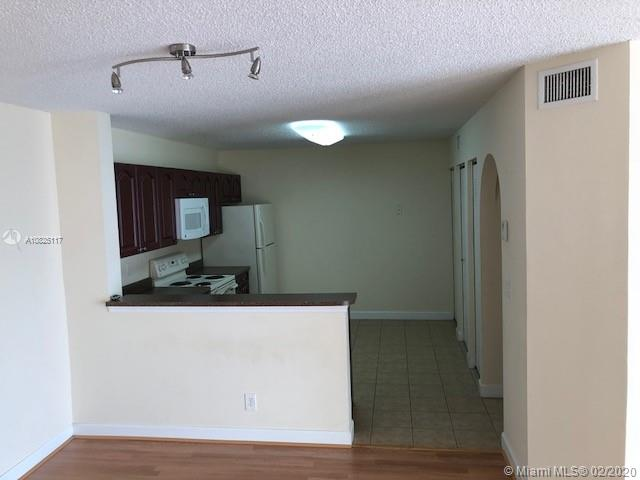 5801  Riverside Dr #203 For Sale A10825117, FL
