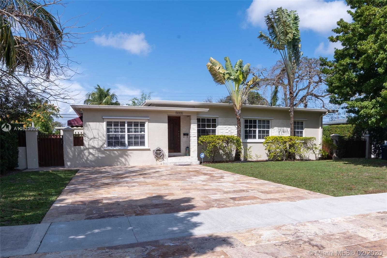 5971 SW 45th St  For Sale A10823902, FL