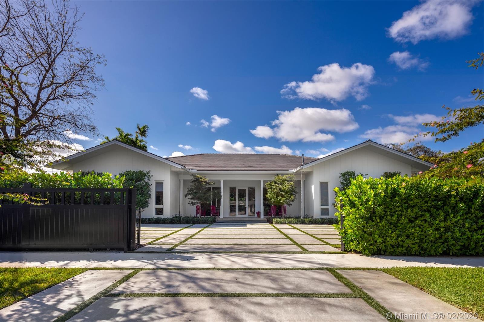 8200 SW 62nd Ave  For Sale A10825168, FL