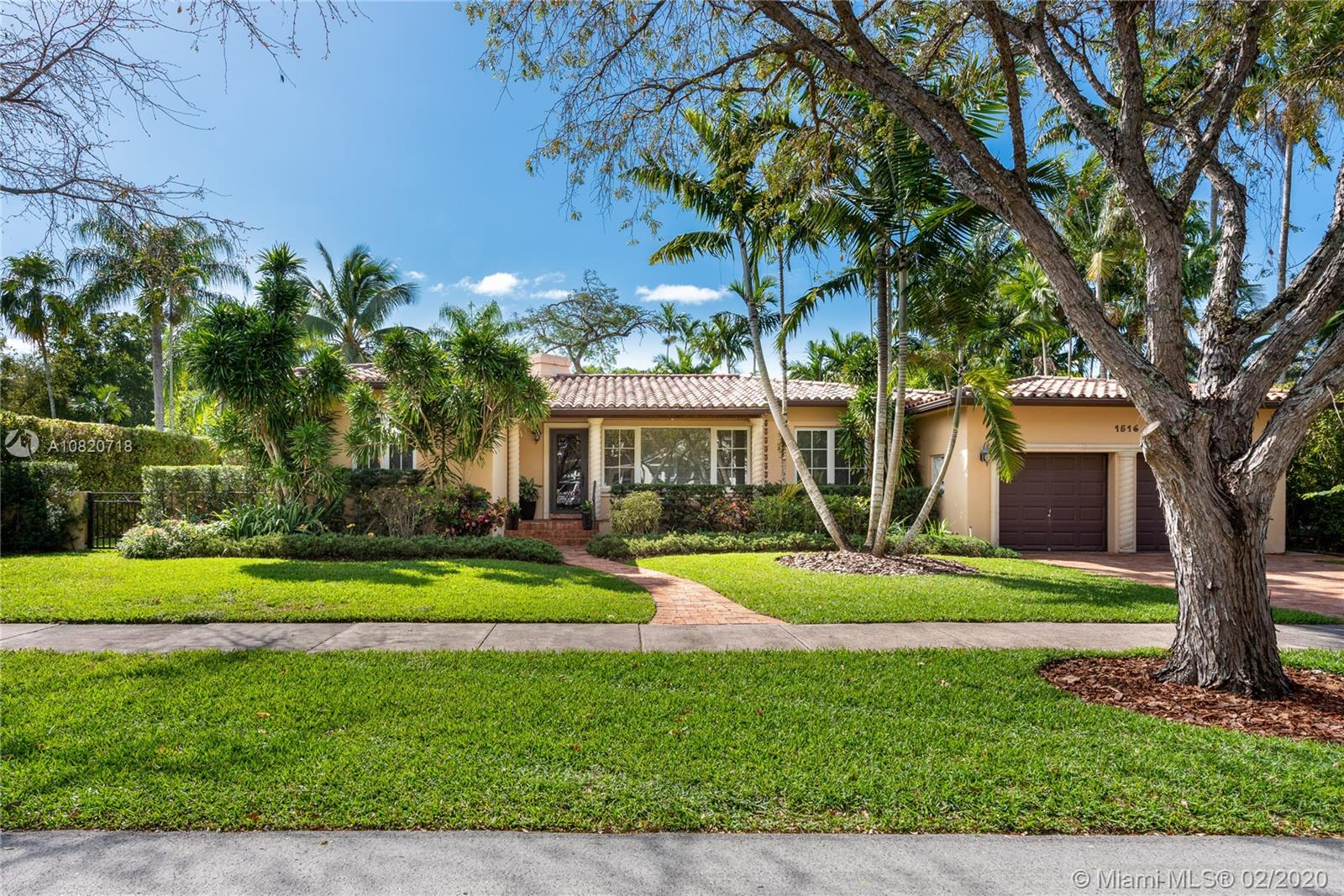 1516  Trevino Ave  For Sale A10820718, FL