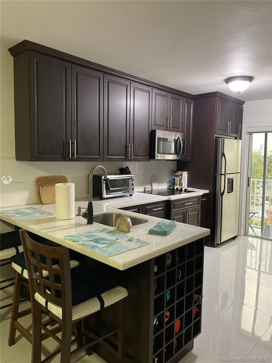 2575 SW 27th Ave #512 For Sale A10816960, FL