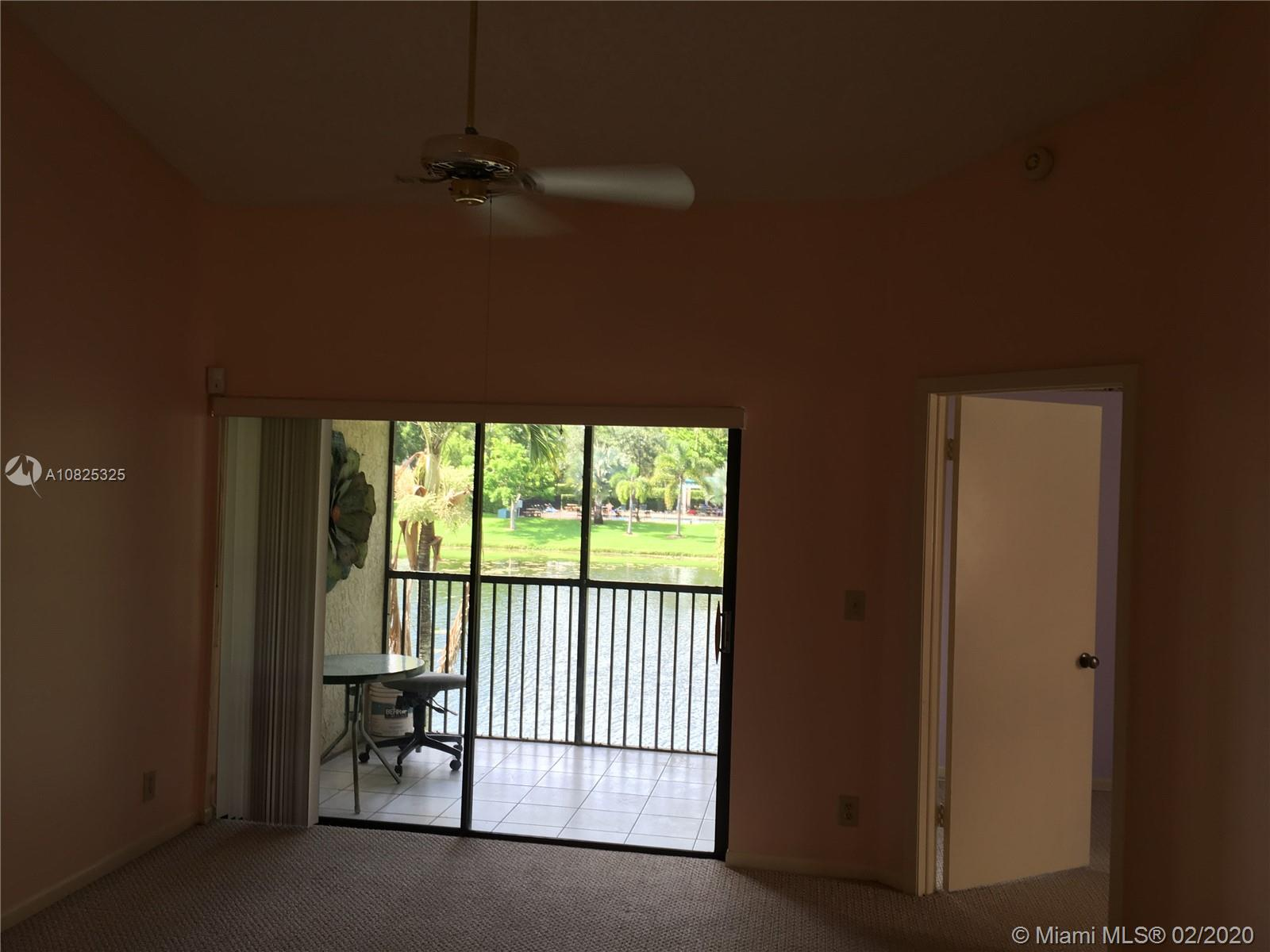 5540  Ctyard Dr #5540 For Sale A10825325, FL