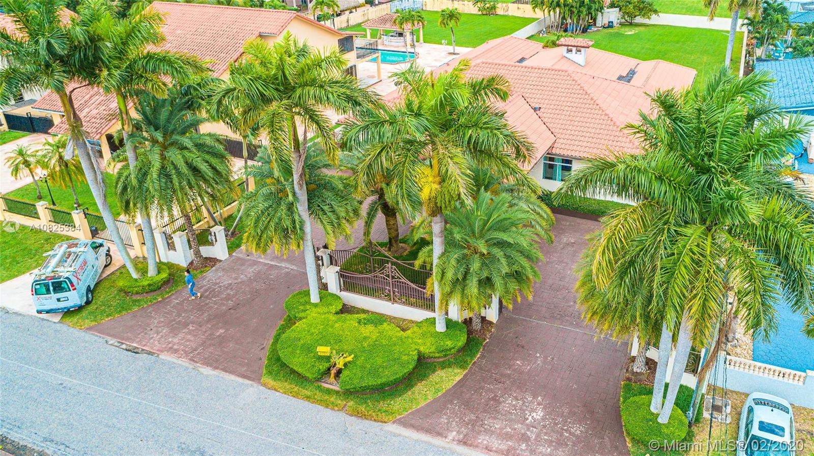 2704 SW 115th Ave, Miami, FL 33165