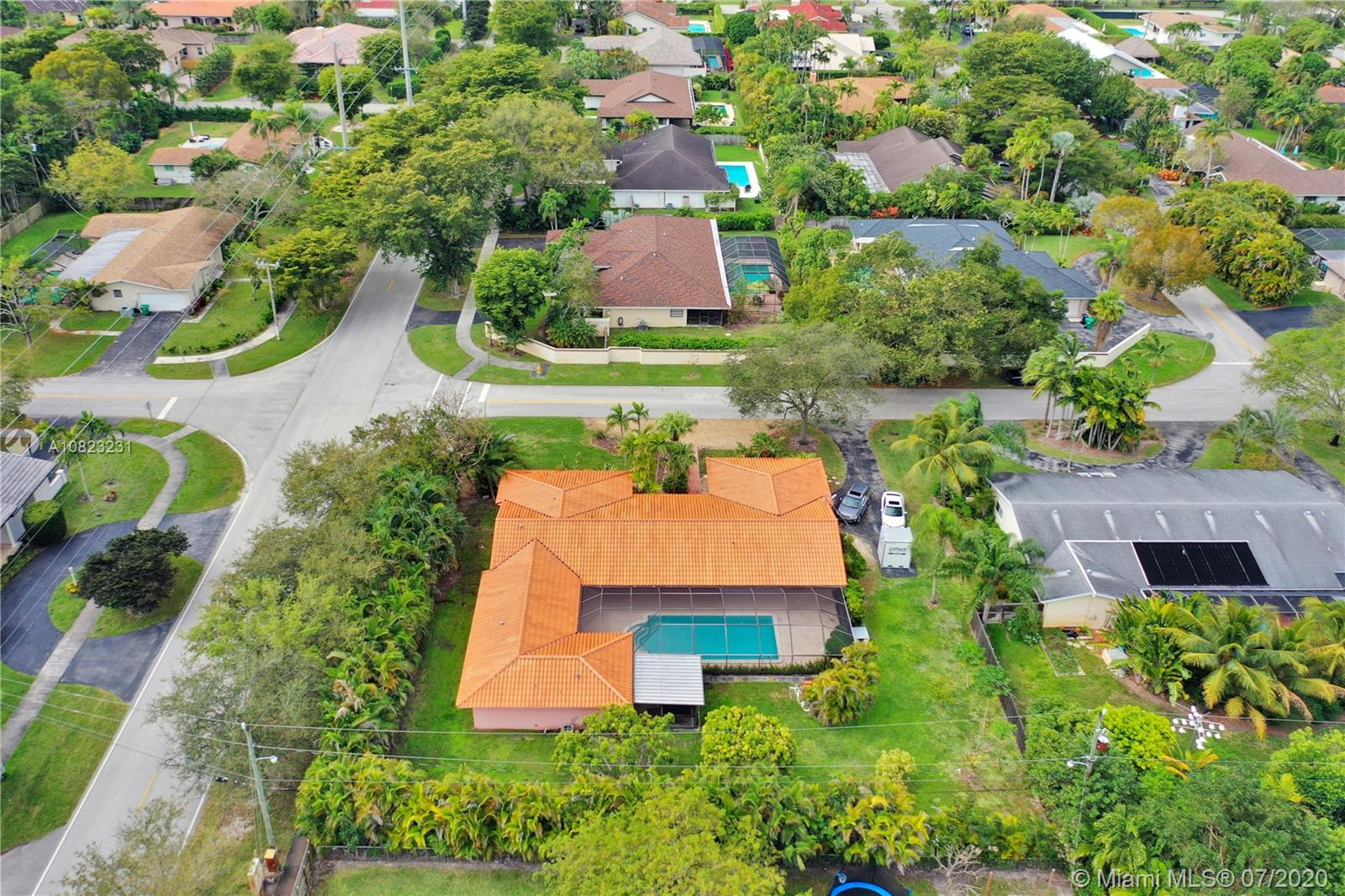 14323 SW 80th Ave  For Sale A10823231, FL