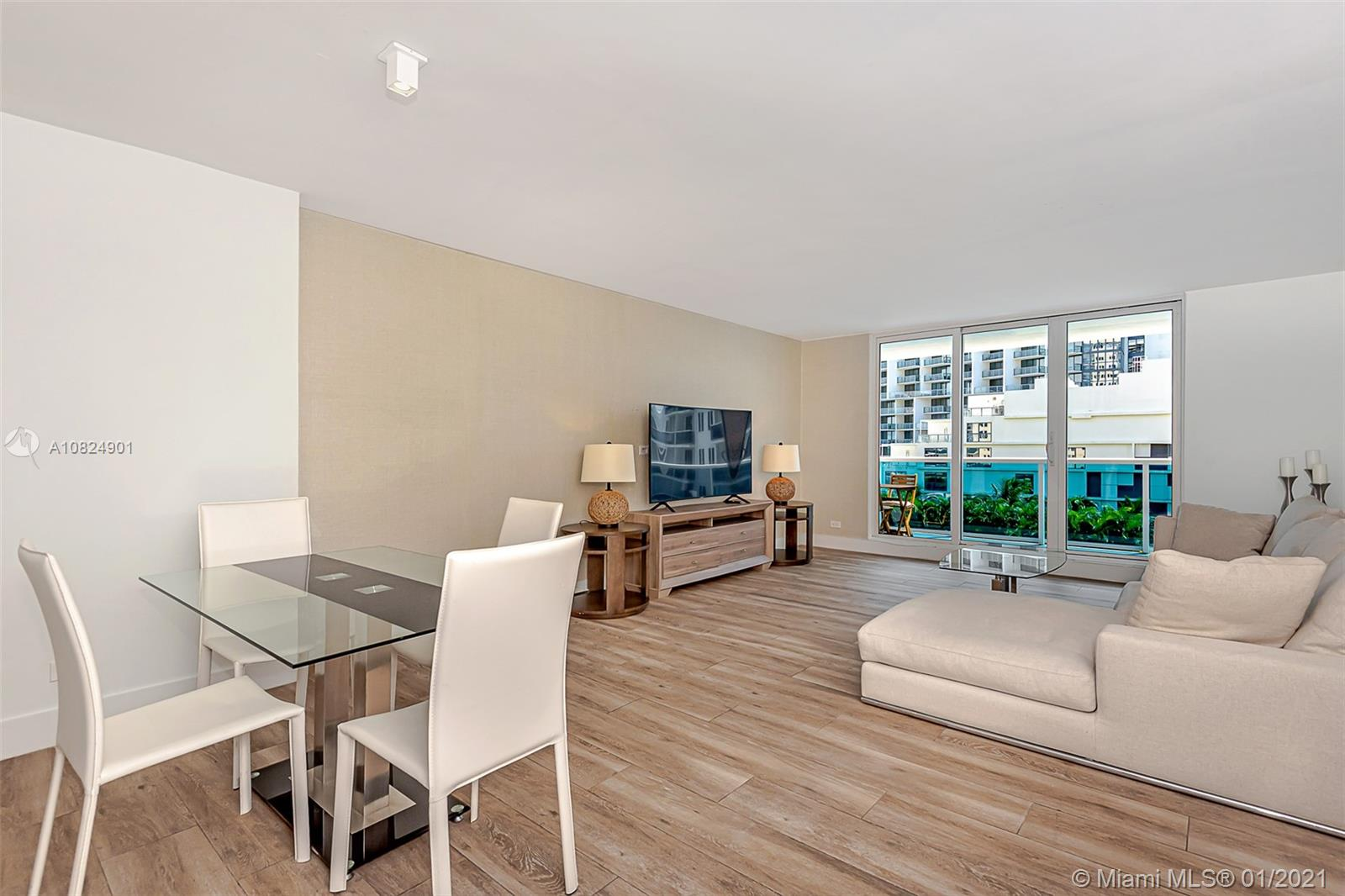 2301  Collins Ave #503 For Sale A10824901, FL