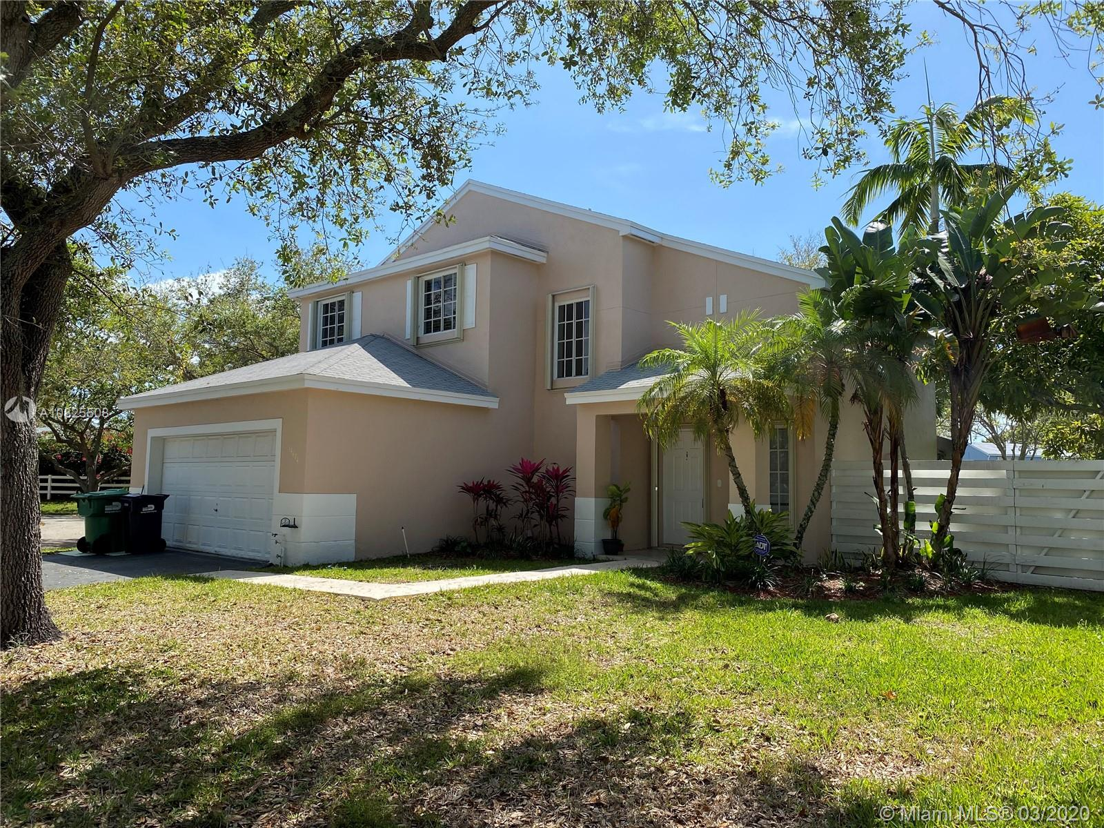 14474 SW 144th Ter  For Sale A10825508, FL