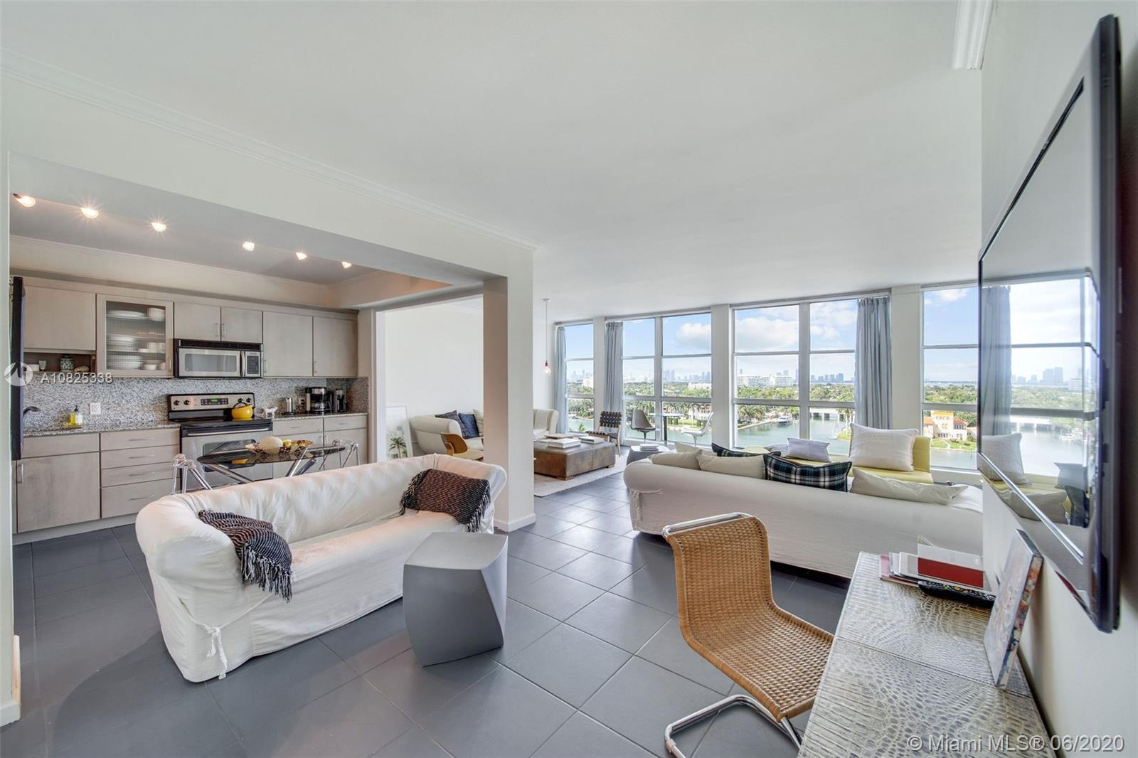 5055  Collins Ave #9K For Sale A10825338, FL
