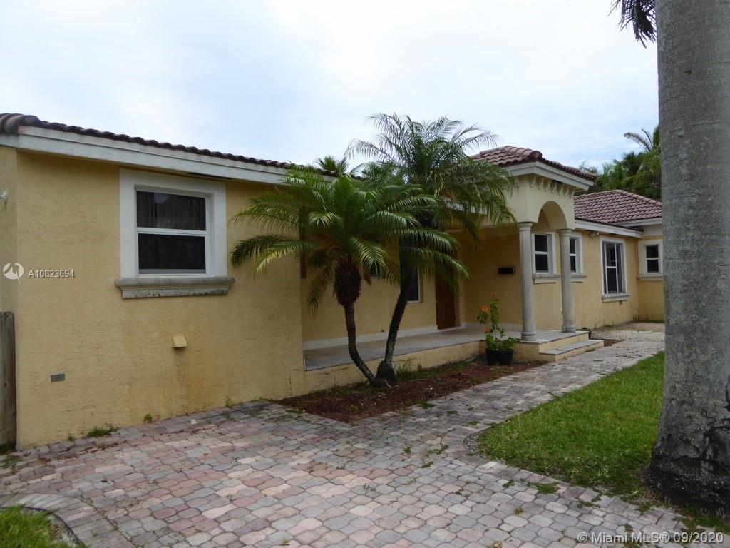 1501 S 16th Ave  For Sale A10823694, FL
