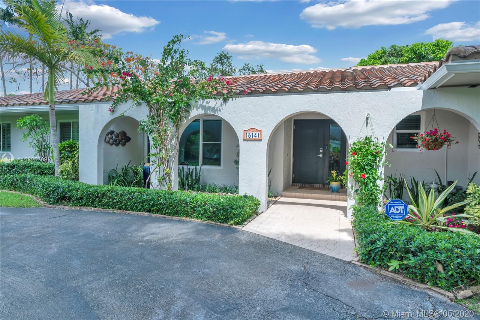 16141 SW 83rd Ave  For Sale A10825708, FL