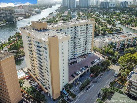 137  Golden Isles Dr #310 For Sale A10825722, FL