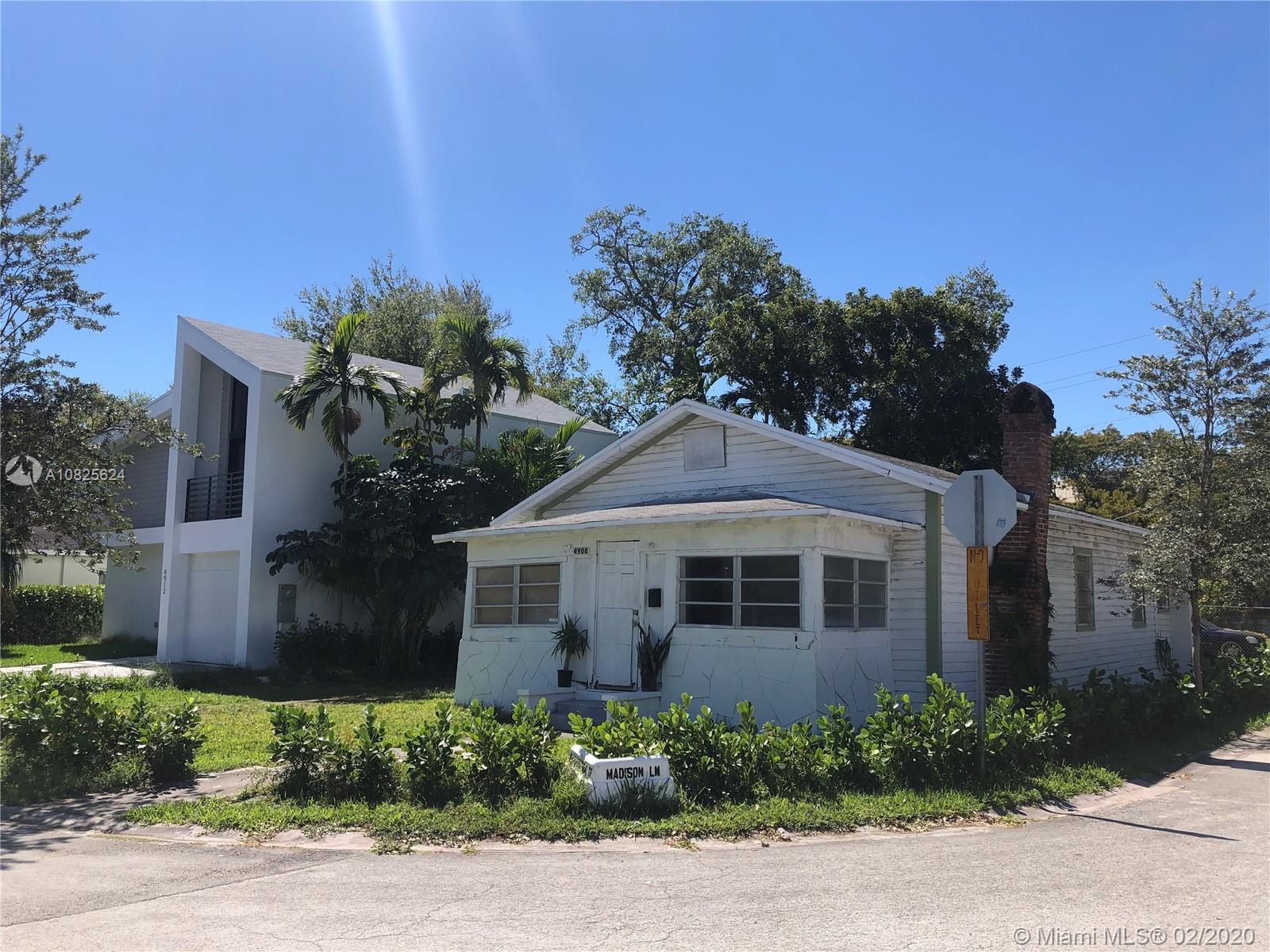 4908  Washington Dr  For Sale A10825624, FL