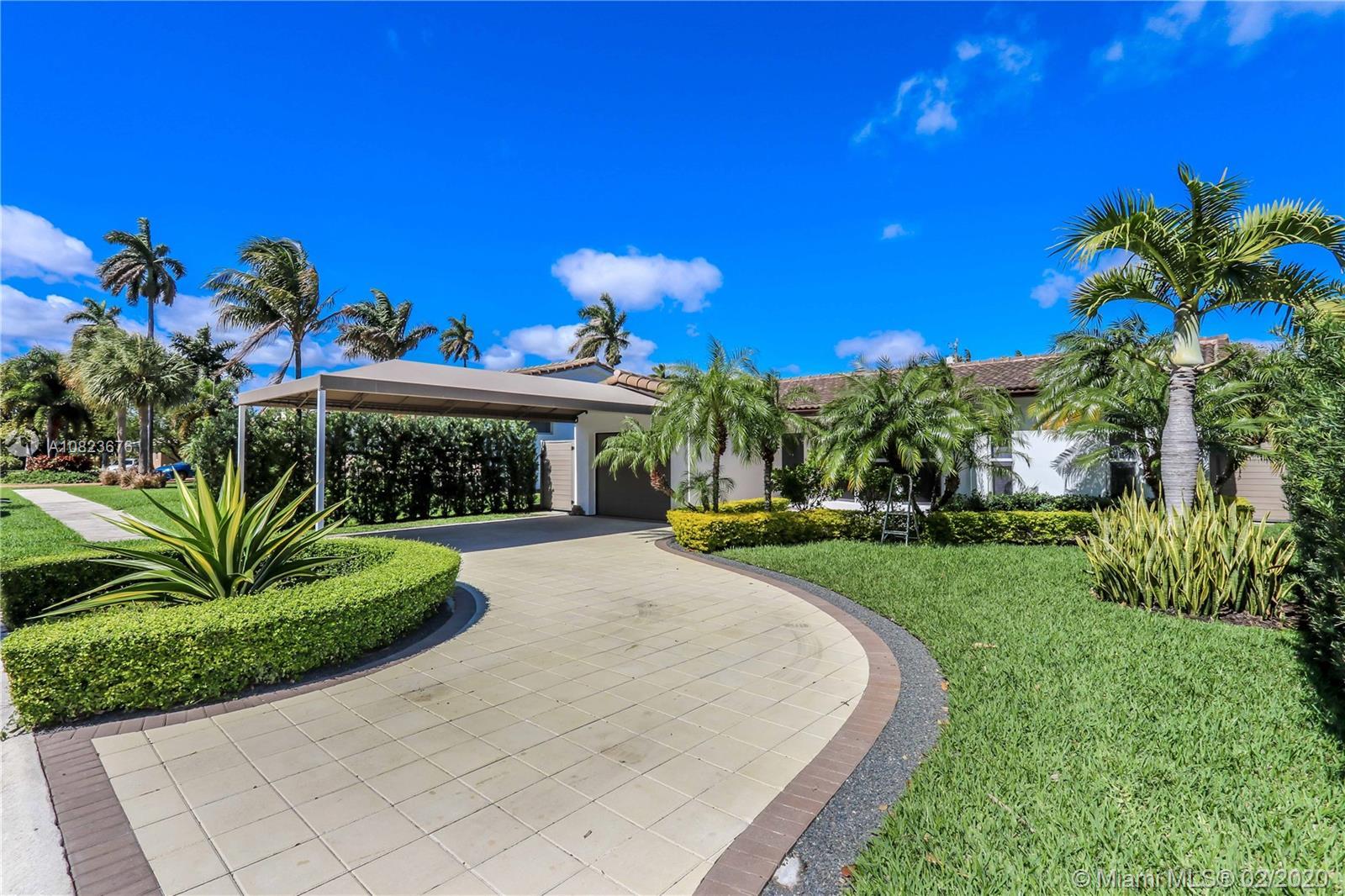1113  Buchanan St  For Sale A10823676, FL