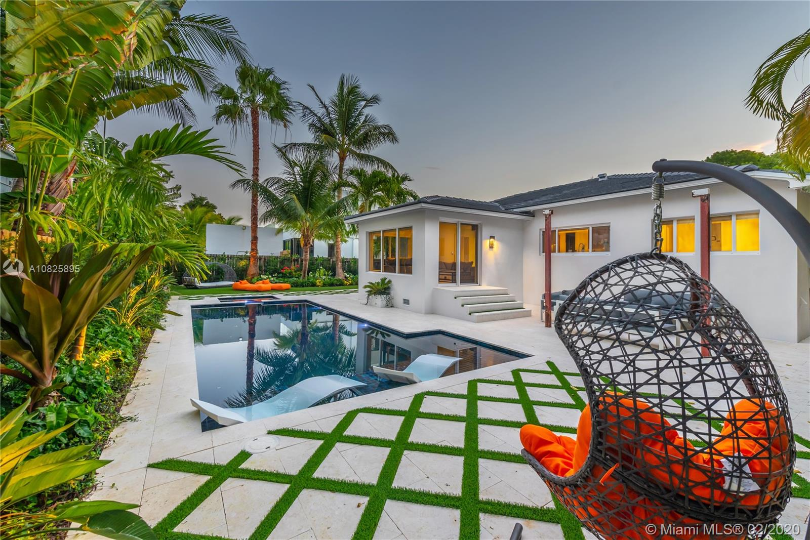 4505 N Michigan Ave  For Sale A10825895, FL