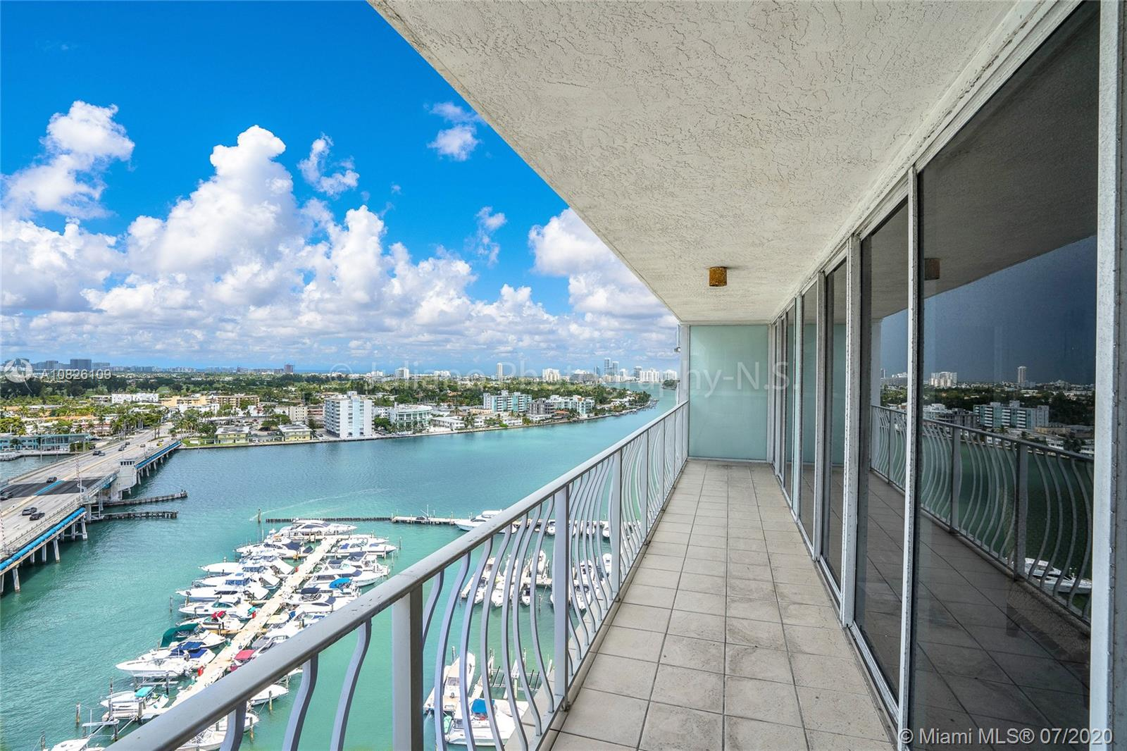 7601 E Treasure Dr #1717 For Sale A10826109, FL