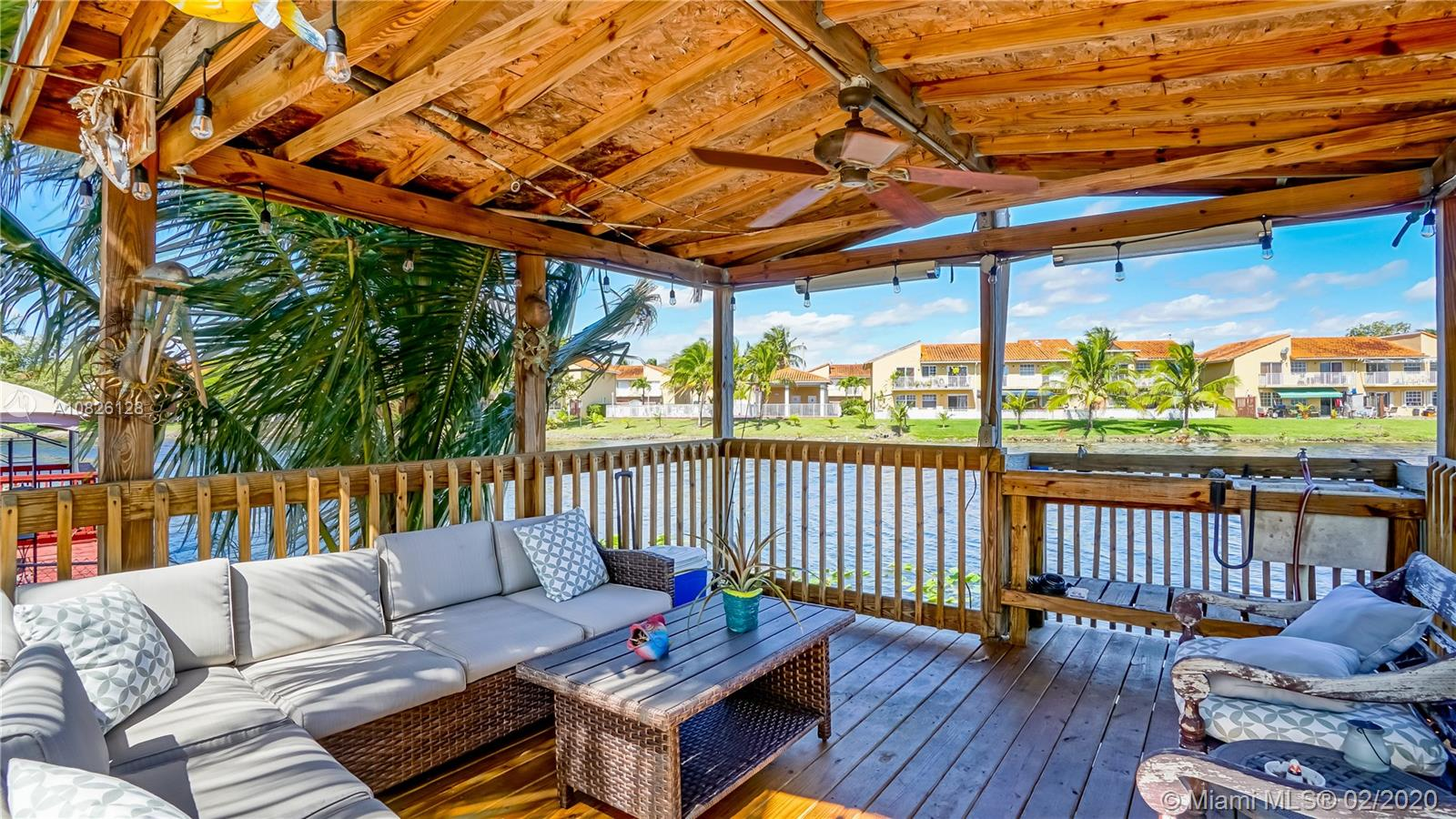 7021 NW 169th Ter  For Sale A10826128, FL