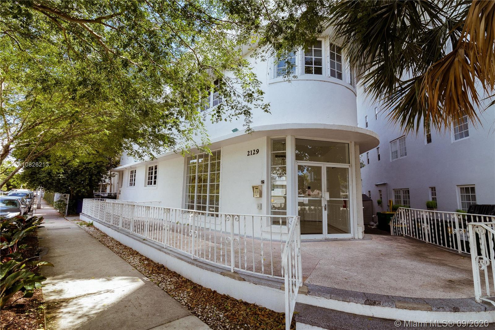 2129  Washington Ave #209 For Sale A10826213, FL