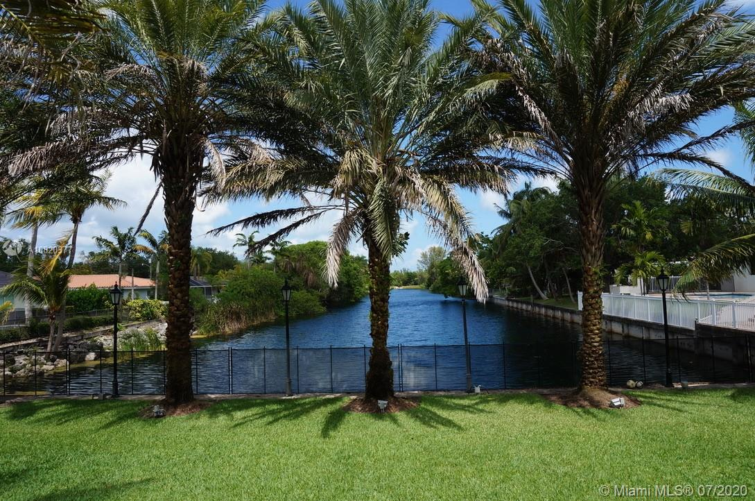 12765 SW 57th Ave  For Sale A10820377, FL