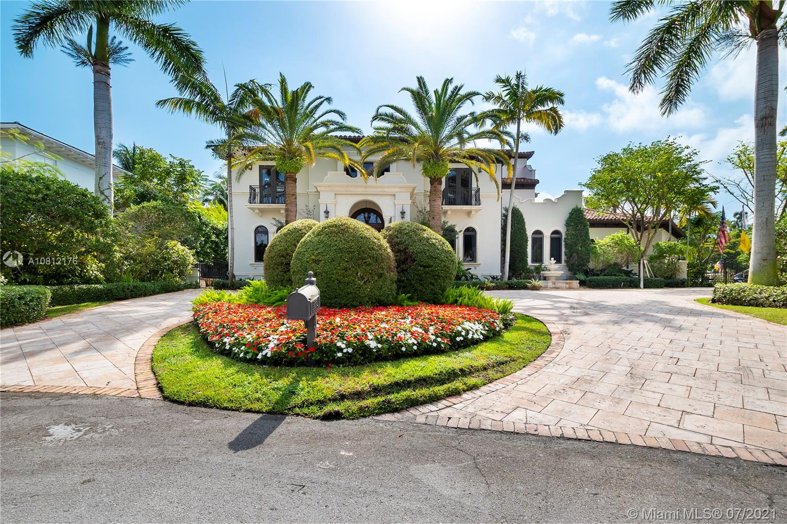 A luxurious blend of timeless old-world charm and elegant modern-day amenities awaits in this stunning 2-story waterfront residence with rooftop terrace in prestigious Old Cutler Bay. Its grand entryway with sweeping staircase welcomes you to this magnificent residence with over 200 feet of water frontage with direct access to the bay, 2 boat lifts and a 3-car garage. Created by renowned architect Pacheco, this masterpiece of design with elevator, features soaring vaulted and tray ceilings throughout, polished Italian tile and wood flooring. Custom solid wood doors contribute to its luxurious allure. Lavish entertaining and living areas all open to sprawling terraces overlooking fountained pool and spa. Master suite features generous walk-in wardrobes, jacuzzi tub, office and balcony.