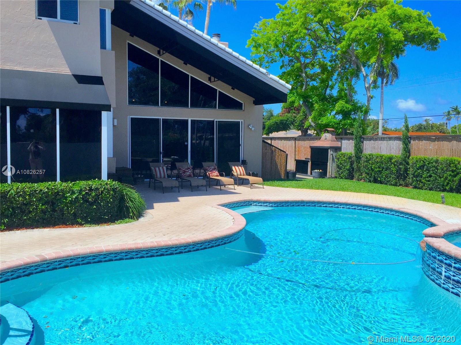 1760 NE 197th Ter, Miami, FL 33179