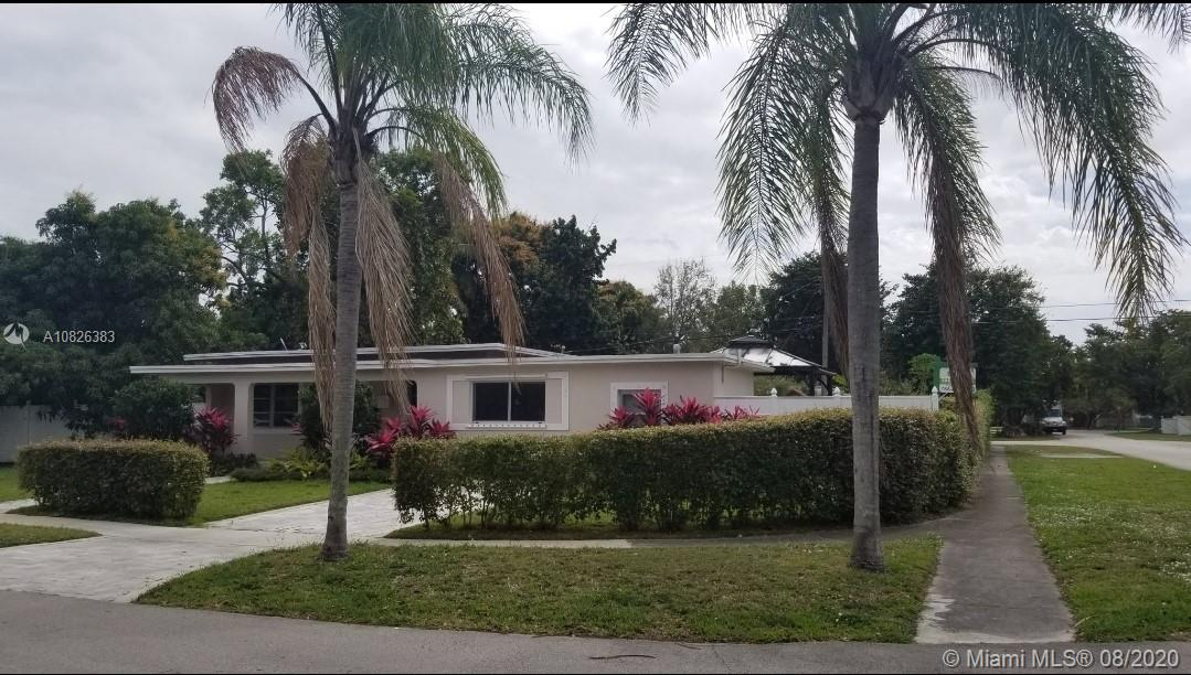 5998 SW 44th Ter  For Sale A10826383, FL