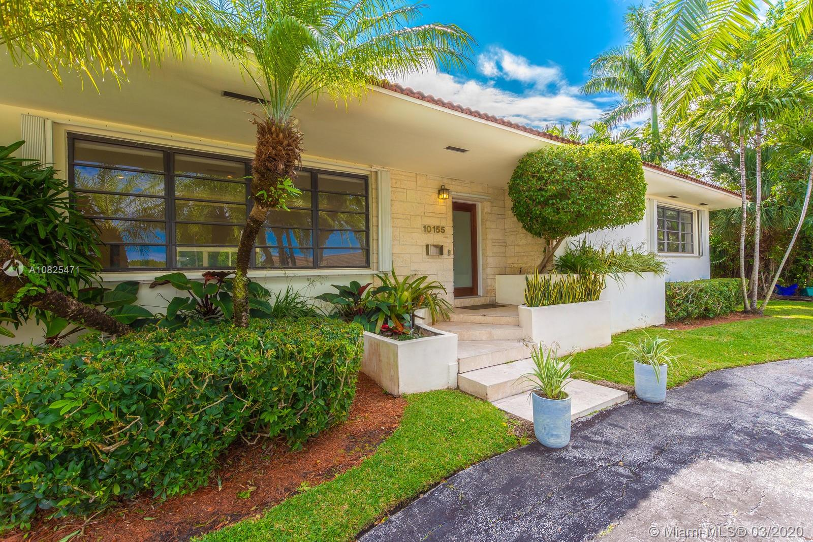 10155  W Broadview Dr  For Sale A10825471, FL