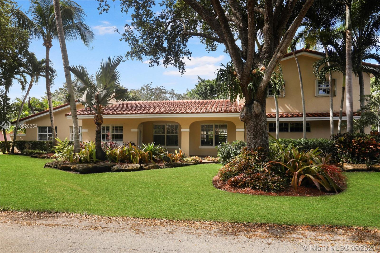 15224 SW 80th Ave  For Sale A10826354, FL