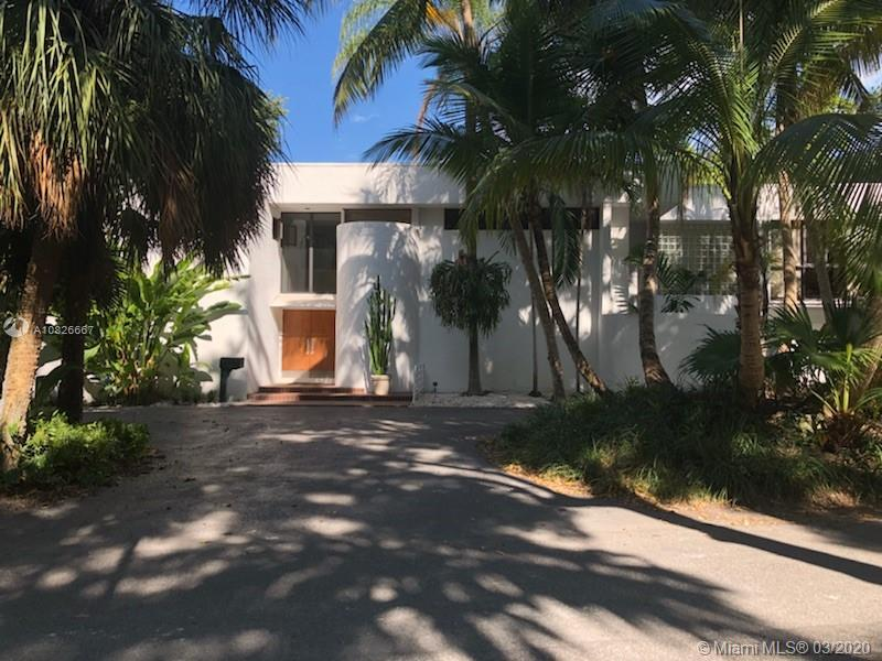 3765  Solana Rd  For Sale A10826667, FL