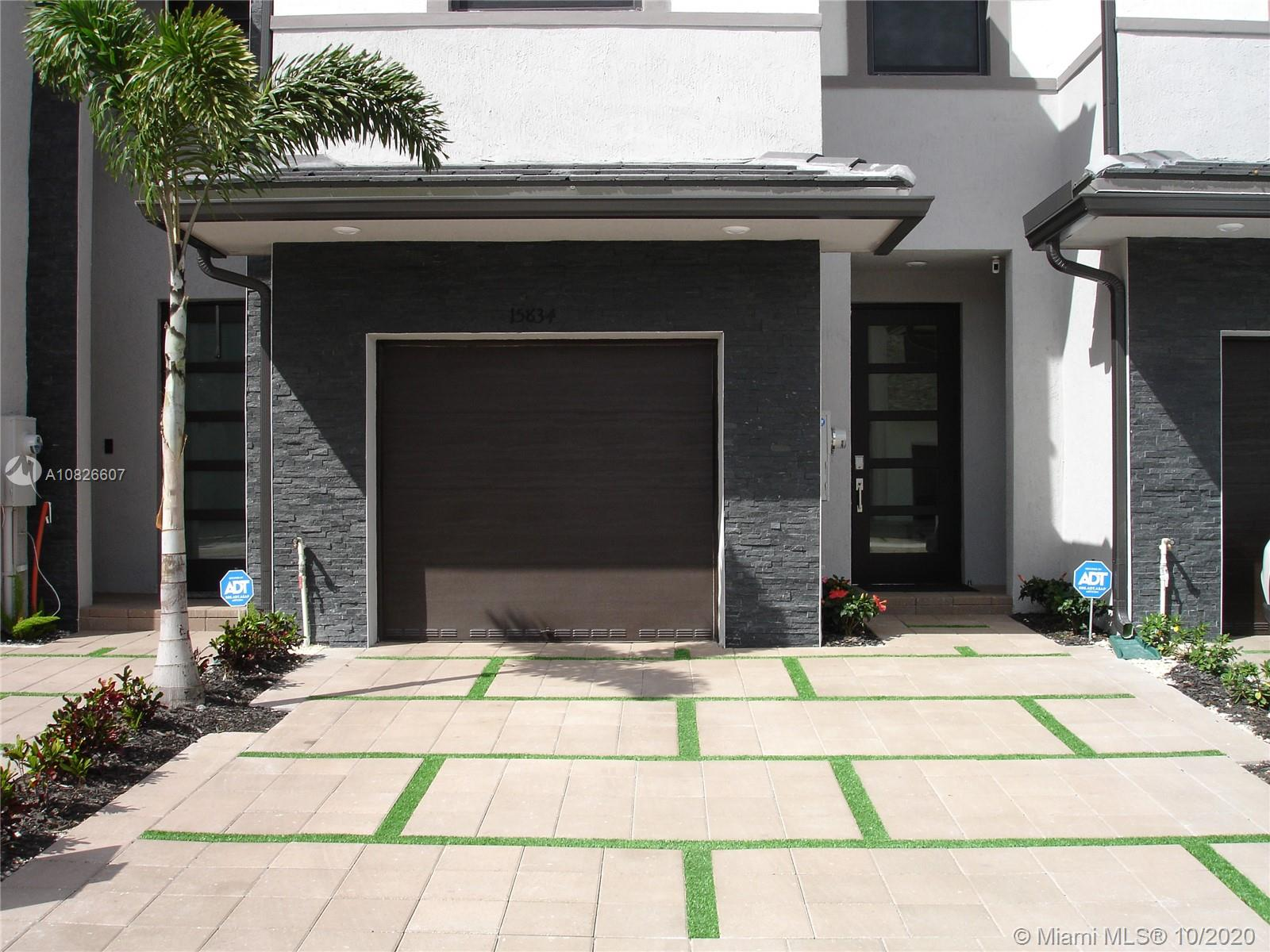 15834 NW 91st Ct #15834 For Sale A10826607, FL