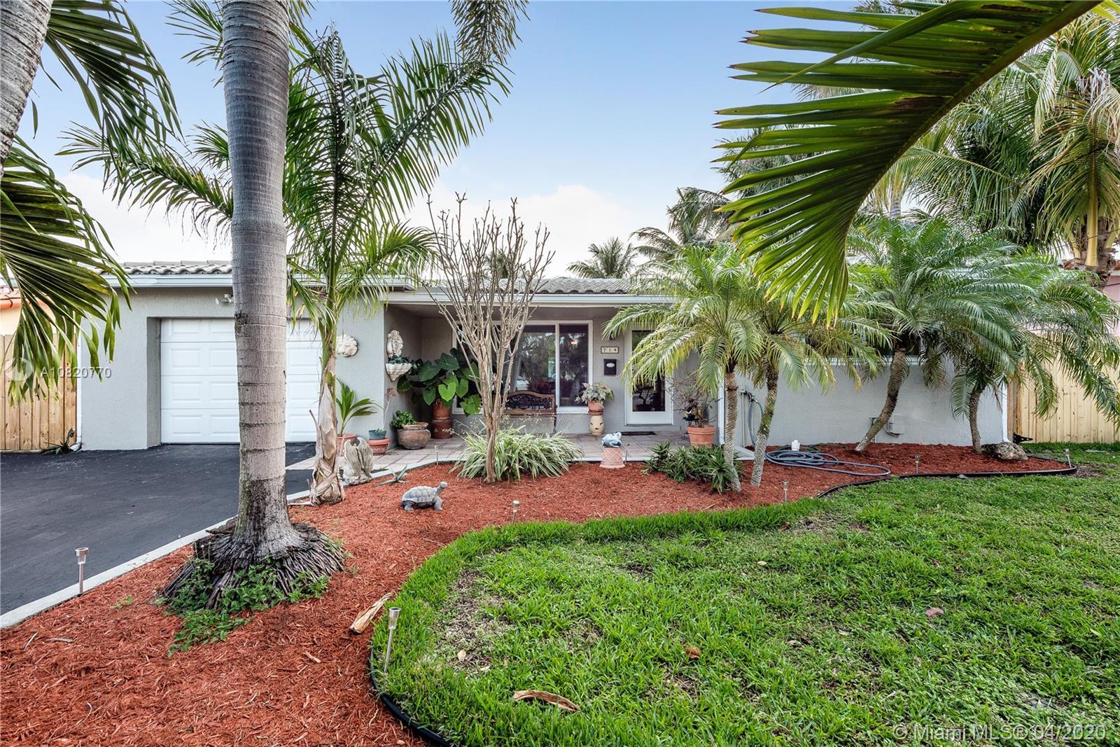 714 NW 12th Ave, Dania Beach, FL 33004