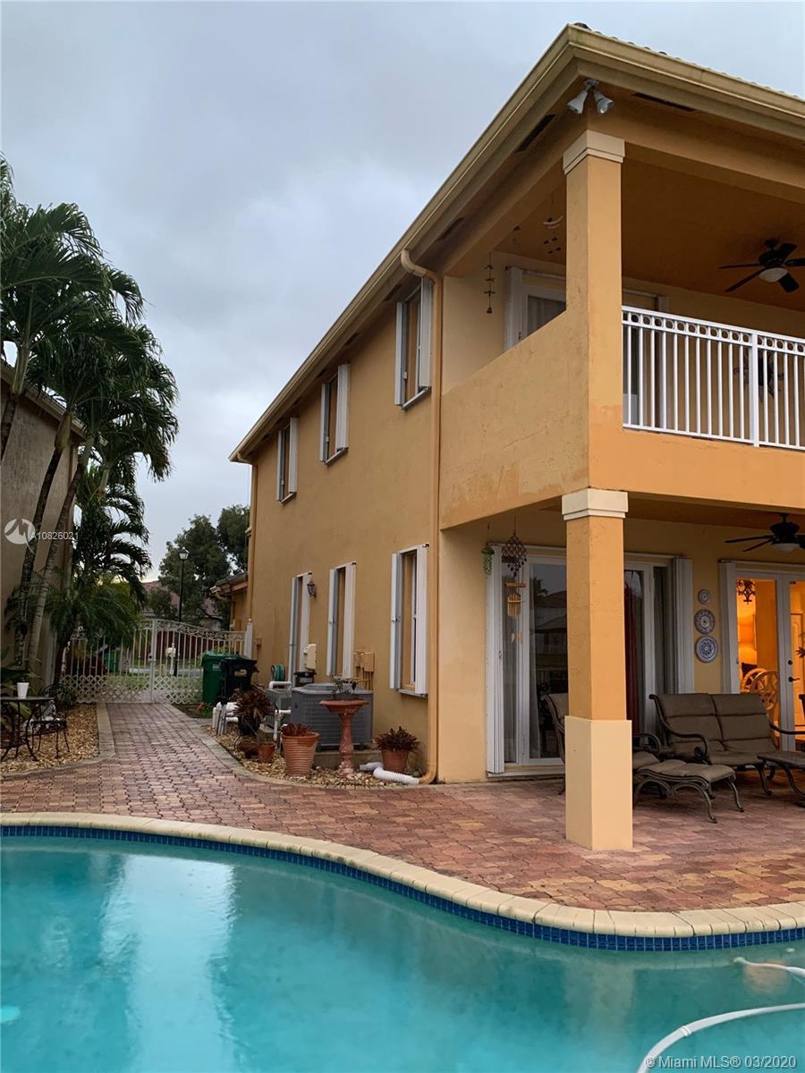 16277 SW 44th St, Miami, FL 33185